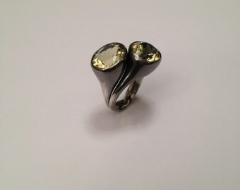 Burnished silver ring 925 and lemon quartz