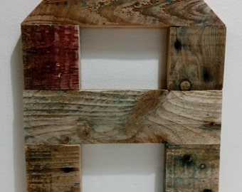 Letters handmade 100% recycled wood from pallets