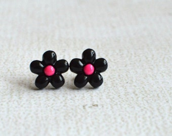 Black Daisy Earring Posts- Titanium Daisy Flower Earrings- Contains No Nickle- Great For Sensitive Ears