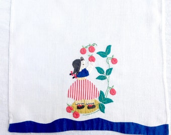 Vintage Linen Towel Appliqué Picking Apples