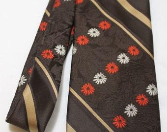 1970s BEAU BRUMMEL for Gimbels Ultra Wide Brown Floral Necktie