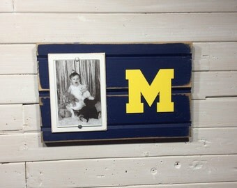 "University of Michigan UofM M picture frame holds 4""x6"" photo"
