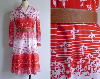 10 to 25% OFF (See Shop) Vintage 70's Red & White Op Art Polyester Knit Shirt Dress S or M