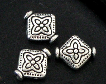 Stamped Diamond Shaped Pewter Spacer Beads - Looks Like Sterling - Jewelry Making Supplies - Nice Size & Stamping Design - Set of 26