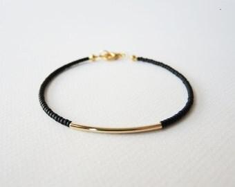 Gold bar bracelet - Black  - beaded bracelet
