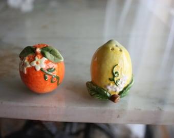 Vintage salt pepper shakers lemon and orange UNUSED gift mini shakers  kitschy kitchen decor retro 50s   2 inches