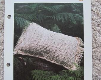"""Crochet Pattern - Aran Pillow - 21.5"""" x 15"""" - Vintage"""