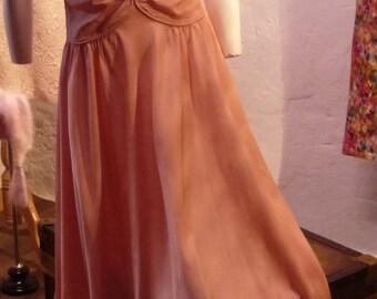 Evening dress salmon pink taffeta 1930