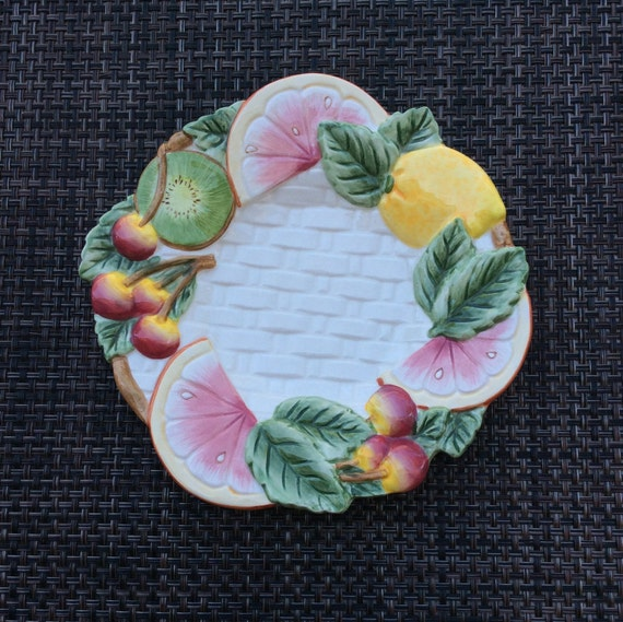 FItz and Floyd For All seasons Fruit Design Plate