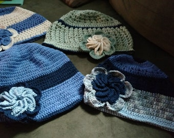 Grab and Go Wide Brim Cloche Hat