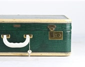 Vintage Green Suitcase, Croc Embossed Suitcase, Vintage Suitcase, Mid Century Suitcase, Old Suitcase, Vintage luggage, Old Luggage