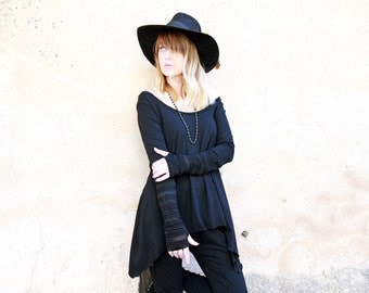 SALE Women off shoulder sweater, Loose Top, Oversized Top, Asymmetrical Shirt, Black Goth Shirt, Long Sleeves