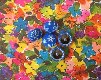 Fabric Button Earrings / Snowflakes / Wholesale Jewelry / Bulk Jewelry / Gifts for Her / Blue and White Earrings / Studs