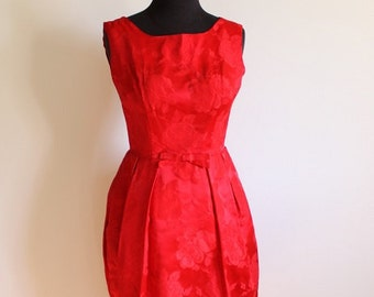 Red Roses - Vintage 1960's Scarlet Mini Dress in Rose print satin. Size US 2