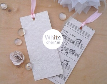 10 bookmark wedding favor Kit with initials of the bride and groom-two models