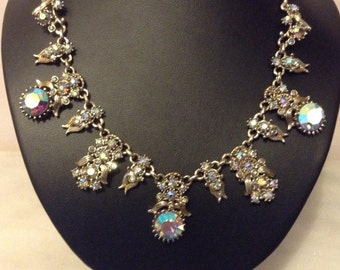 Vintage EXQUISITE aurora borealis crystal necklace
