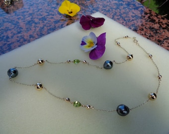 Gold chain with gold 585, Tahitian pearls, Peridot Necklace (14 K)