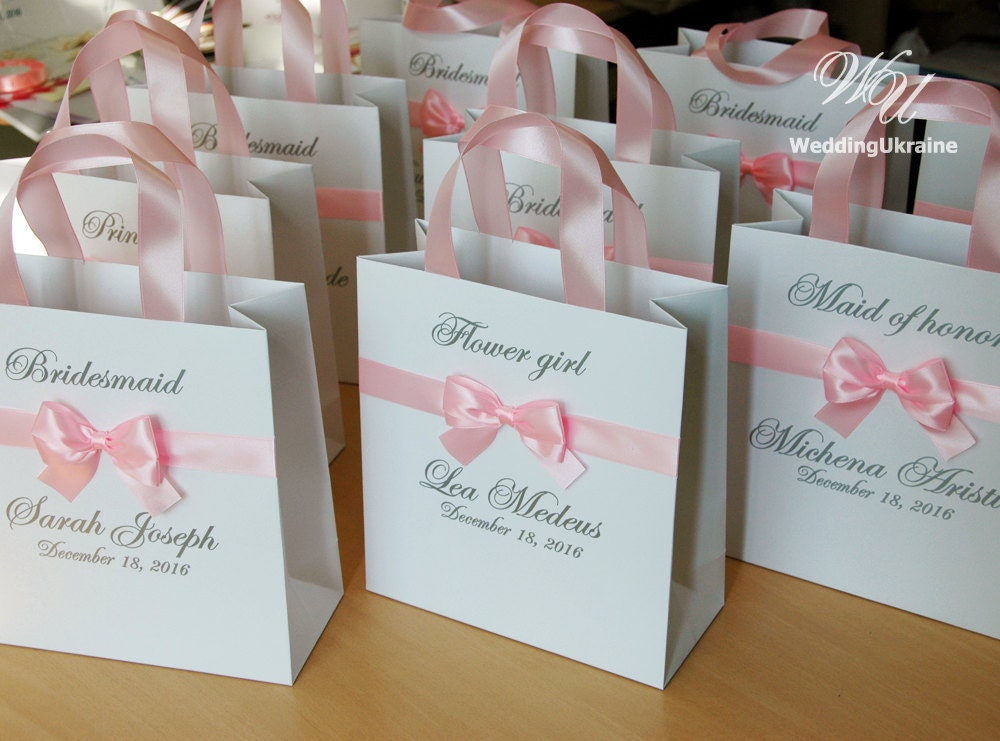 Custom personalized bridesmaids gift bags bridal party gift for Gifts for bridesmaids from bride
