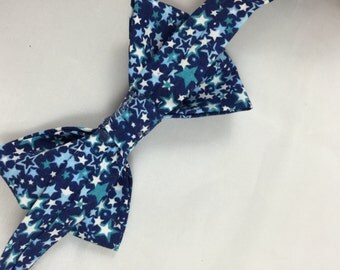 Cake Smash Baby Outfit, Stars, Nappy Cover, Bow Tie, First Birthday, Diaper Cover, Photoshoot, Tie, Dressing Up, Birthday Suit