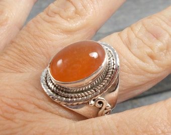 Carnelian and 925 Silver Ring Sz S 1/2 US 9.5