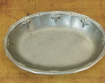 Wilton Pewter Dish Fleur Di Lis