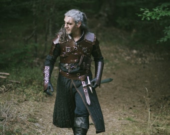 The Witcher Gambeson - Geralt Cosplay Costume. Witcher 3 Wild Hunt Bear Armor Gambeson. Long sleeved black gambeson with leather fastening.