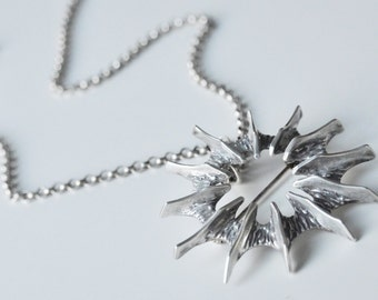 Sudio Else & Paul Hughes Modernist Sterling Silver Pendant and Chain / Brooch Norway 1960s