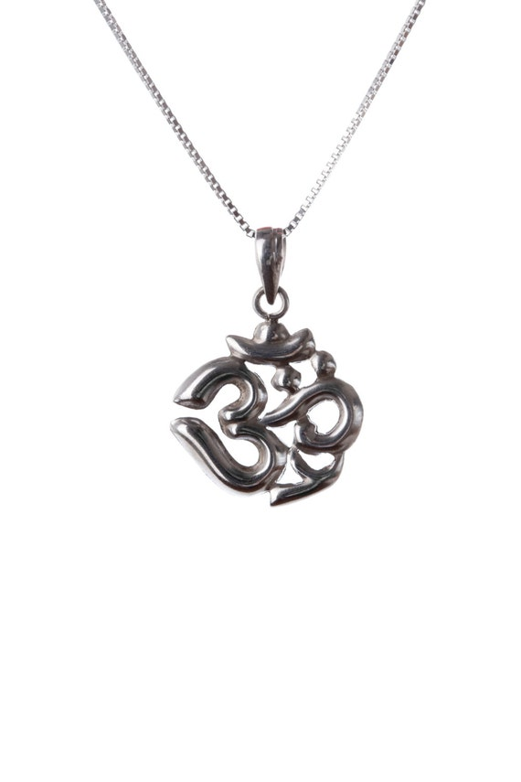Om Ohm Aum Necklace, Sterling Silver, Hindu Om, Yoga Jewellery, Yogi Jewelry, Handmade, Gift box, Free UK Delivery