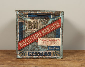 Large Vintage French Biscuiterie Nantaise Biscuit tins / Storage box