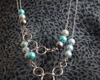 New Modern & Classic Twist on Pearl Necklaces