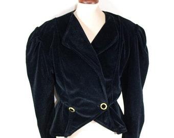 Vintage jacket / Celine / 80s / Wide shoulders / Black velvet blazer
