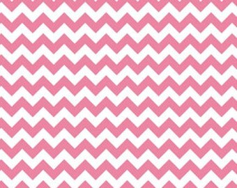 CLEARANCE PRICE Riley Blake Knits, Small Hot Pink Chevrons, K340-70  Only 2.25 yards left