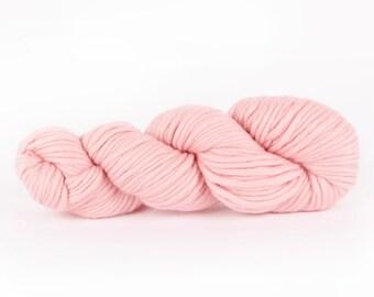 Super chunky wool. Baby Pink CHEEKY CHUNKY bulky merino yarn Super chunky yarn Wool yarn Chunky wool Bulky wool British Wool Yarn. Y055