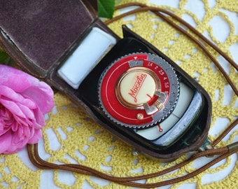 Vintage Light Exposure Meter, Moscow, Camera Light Meter, Light Meter with Leather Case, Selenium Light Meter, USSR