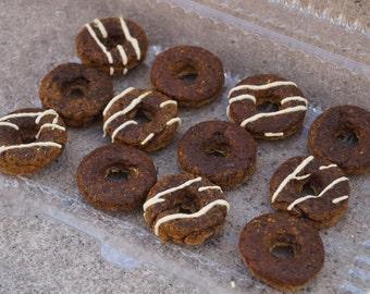 Mixed Donut Dog Treats - Iced and Plain Doggie Donuts - Organic and Vegan Dog Treats - Gluten Free and All Natural Healthy Dog Treats