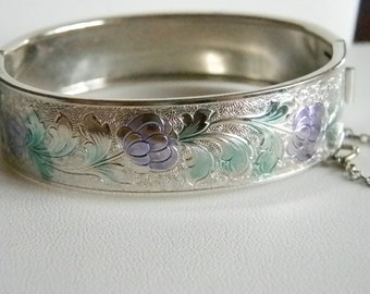 Silver Tone Wide Purple Green Bangle Hinged Bracelet with Latch