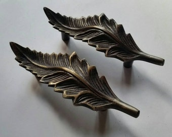 "Pair of American Beech Leaf handle pulls 4"" wide, organic natural design #P7"