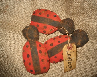 Primitive Summer/Everyday Ladybugs