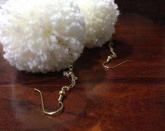 Cream pompom earrings - gold chain