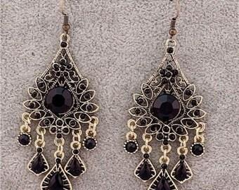 Vintage Fashion Teardrop Rhinestone Chandelier Dangle Pierced Earrings
