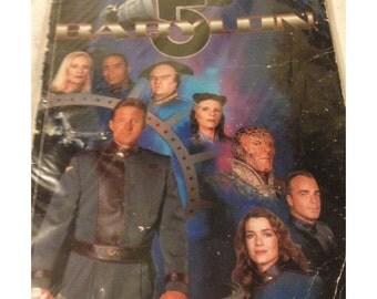Babylon 5 Graphic Novel / Comic Titan Books Used Based On The TV Series