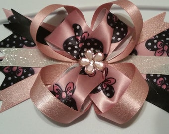 Minnie Mouse Black, White, and Pink Bow