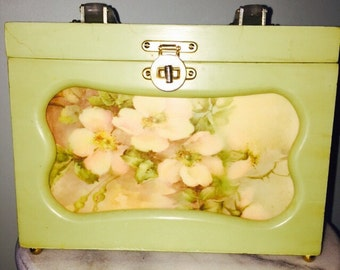 Vintage Wooden Box/Handbag