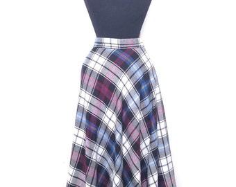 70's plaid midi skirt. Retro circle skirt