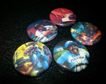 25 one-inch Goosebumps buttonpins