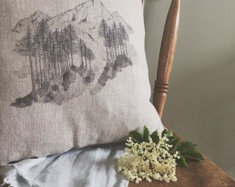 The Great Outdoors Linen Cushion