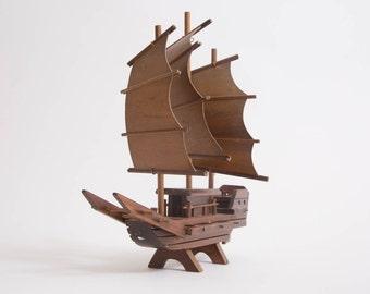 Wood Boat - Rare Vintage Junk Boat - Model Ship Taiwan