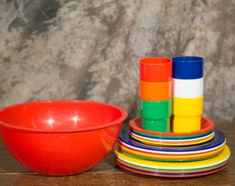 Party Ball by Ingrid - Bright Bold Colored Plastic Bowls and Plates - 6 Settings