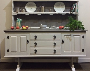 Stunning Vintage Dresser / Sideboard Hand Painted / Upcycled With Annie Sloan Chalk Paint