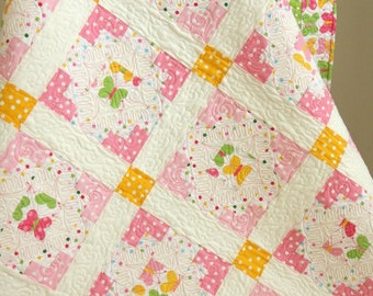 "Baby Girl Quilt ""Marshmallow"", Modern Baby Girl Quilt, Pink, Baby Bedding, Children, Blanket, Green, Butterfly"